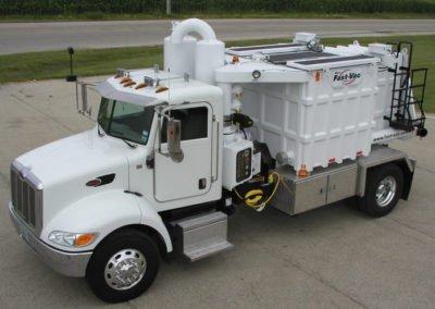 Fast-Vac S2T Mini Series Vacuum Truck